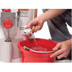 Как слить воду из водонагревателя?